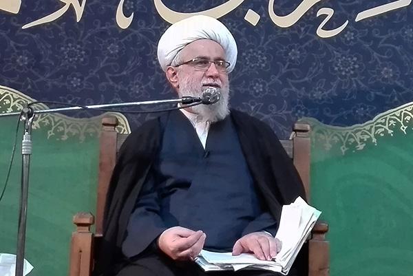مسئولیتپذیری حضرت زهرا(س) باید الگوی مردم باشد