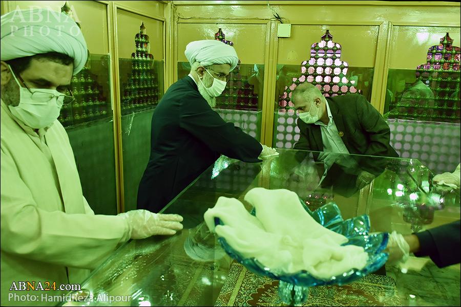 گزارش تصویری/ غبارروبی بقعه متبرکه خواهر امام رضا(ع) با حضور آیتالله رمضانی