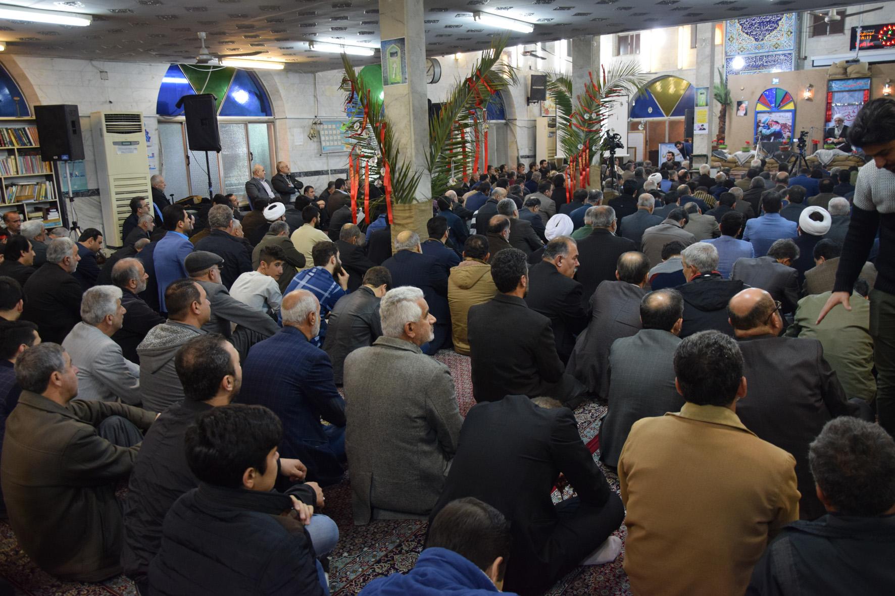 تعارفکردن برای برخورد و مجازات مفسدان، پایههای اسلام و انقلاب را به چالش میکشد